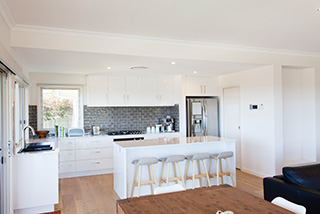 Sheaves-Residience-Kitchen-By-Toscan-Homes-
