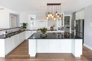 Toscan-Homes-Kitchen-Image